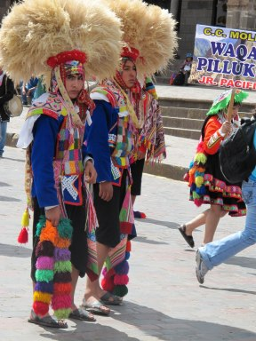 Cusco 2nd day & Folkloric Festival 2013-04-11 053