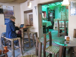 blogging from a cafe in Humahuaca / Argentina